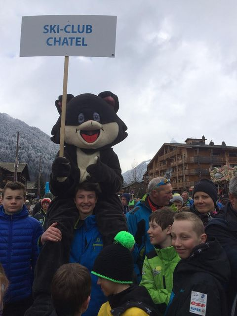 Ski clubChatel 04044