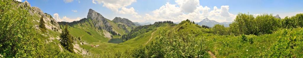 Panoramique depuis Arvouin © Patrick Brault - Abondance