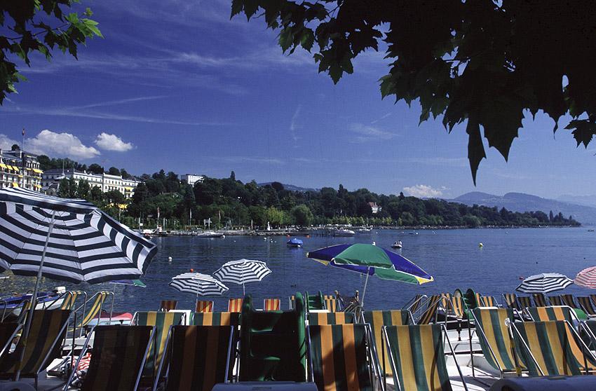 Lausanne Ouchy quais © Alain Bouvet - passionphoto74.com