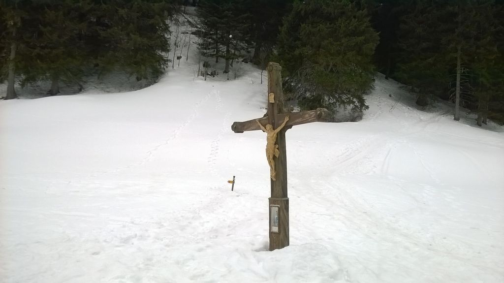 La Croix située à 1567m © B. guffroy | valdabondance.com | infoval74.com