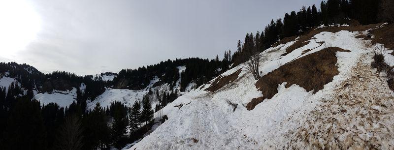 Coulées de neige lourde © B. Guffroy infoval74.com | valdabondance.com