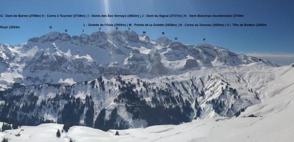 Panoramique sur le massif des Dents Blanches