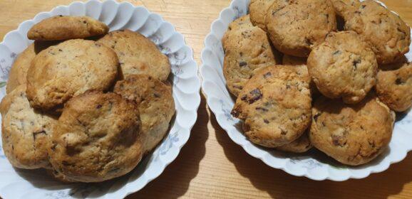 Cookies aux pépites de  chocolat et abricots